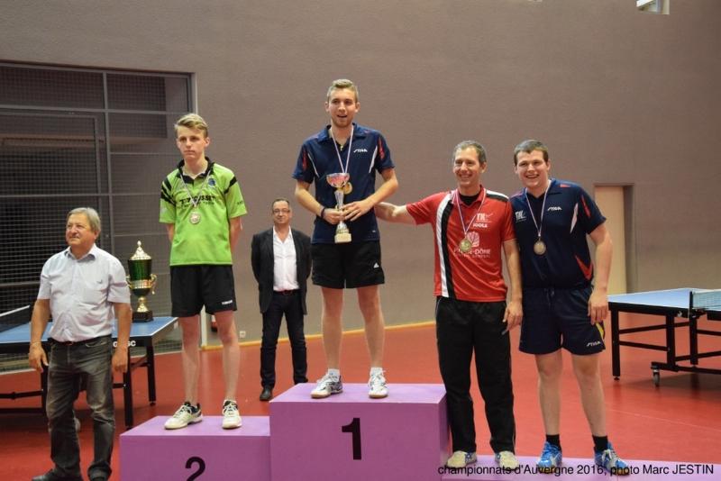 championnats-d-auvergne-2016-podium-messieurs-vincent-bourjot